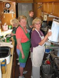 Cavaliers kitchen crew 2005